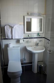 Villaggio Hotel & Restaurant - Warrington - Bad