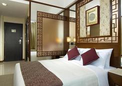 Lan Kwai Fong Hotel @ Kau U Fong - Hong Kong - Bedroom