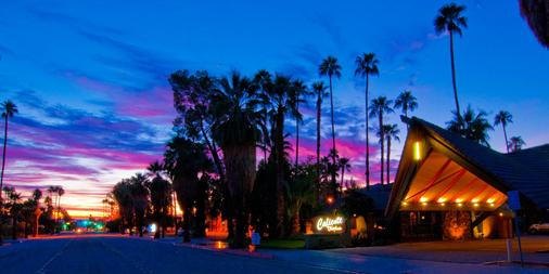 Caliente Tropics Hotel - Palm Springs - Outdoor view