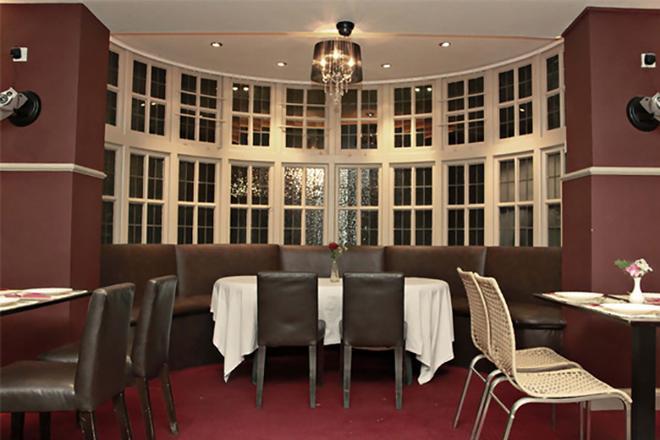 Rising Sun Hotel - Harrow - Restaurant