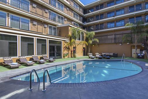 da Vinci Villa Hotel - San Francisco - Bể bơi