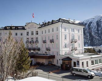 Hotel Bernina 1865 - Samedan - Gebouw