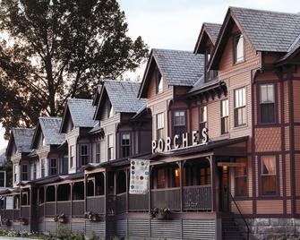 The Porches Inn - North Adams - Building