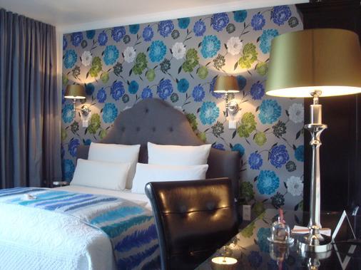 Hotel Sir & Lady Astor - Düsseldorf - Makuuhuone