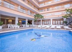 Hotel Piñero Bahia de Palma - S'Arenal - Pool