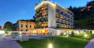 Hotel Delfino - Lugano - Building