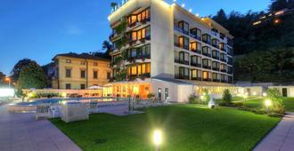 Hotel Delfino - Лугано - Здание
