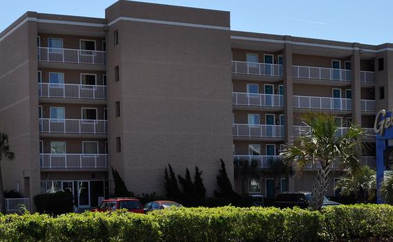 Golden Sands Motel $101 ($̶1̶6̶8̶)  Carolina Beach Hotel Deals