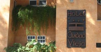 Hotel Ciudad Vieja - Guatemala City