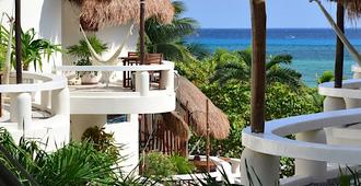 Playa Palms Beach Hotel - Playa del Carmen - Building