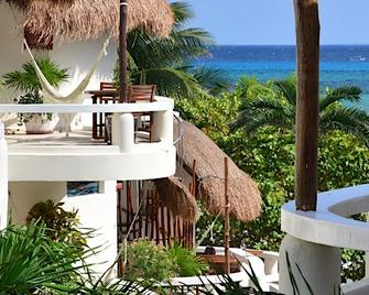 Playa Palms Beach Hotel - Playa del Carmen - Building
