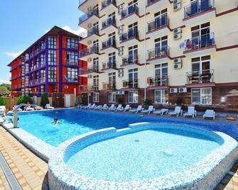 Hotel Gala Palmira - Vityazevo - Pool
