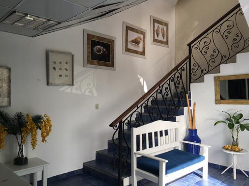 Hotel Capriccio Mare - Punta Cana - Lobby
