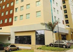 Express Vieiralves - Manaus - Building