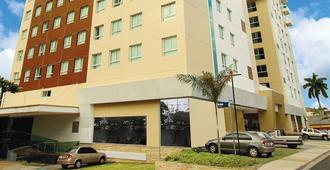 Hotel Express Vieiralves - מאנואס