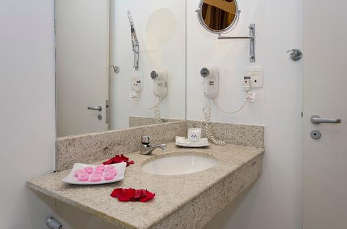 Manaus Hotéis - Millennium - Manaus - Bathroom