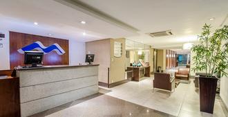 Hotel Saint Paul - מאנואס - דלפק קבלה