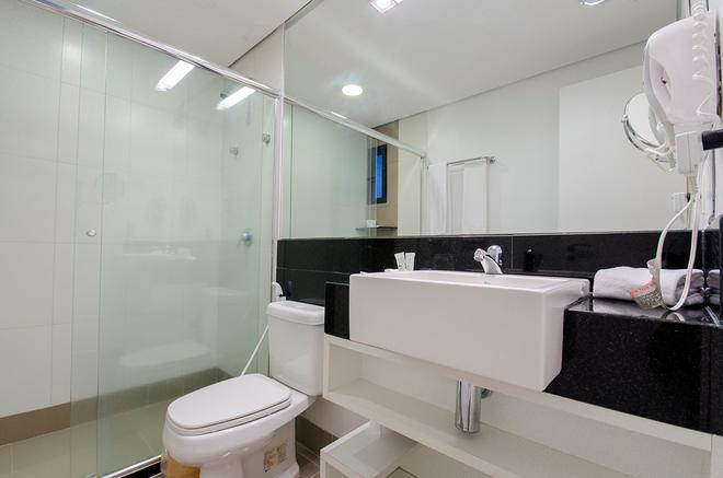 Hotel Adrianópolis All Suites - Μανάους - Μπάνιο