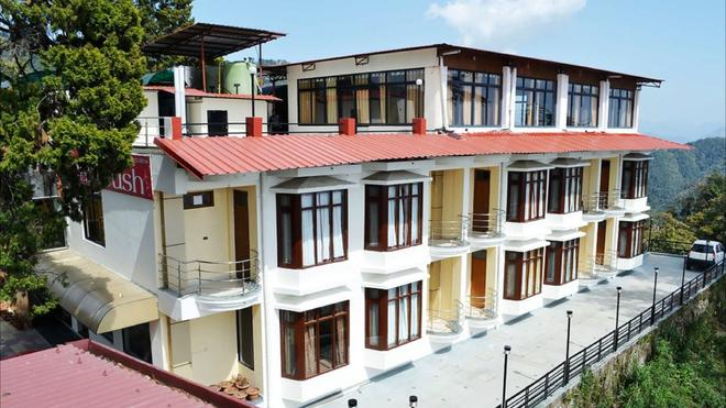 Hotel Majestic Oak Bush - Mussoorie - Edificio