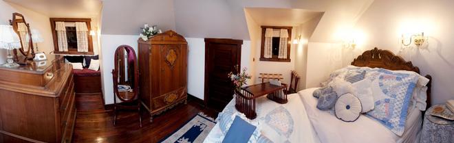 Beall Mansion An Elegant Bed & Breakfast Inn - Alton - Habitación