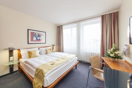 Quality Hotel Ambassador Hamburg - Hampuri - Makuuhuone