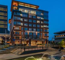 Courtyard by Marriott Buffalo Downtown/Canalside