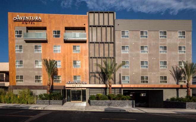 Aventura Hotel - Los Ángeles - Edificio