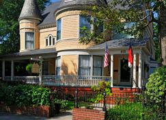 C.W. Worth House Bed and Breakfast - Wilmington - Building