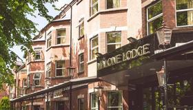 Malone Lodge Hotel & Apartments - Belfast - Building