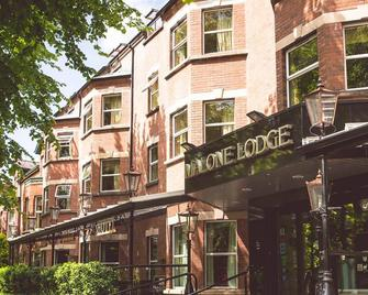 Malone Lodge Hotel & Apartments - Belfast - Building