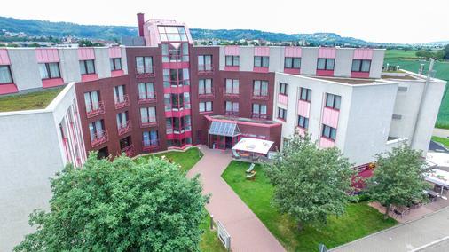 Doblergreen Hotel - Gerlingen - Gebäude