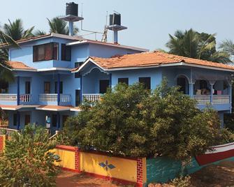 Morjim Sunset Guesthouse - Morjim - Building