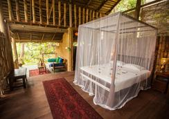 Talalla Retreat - Talalla South - Bedroom
