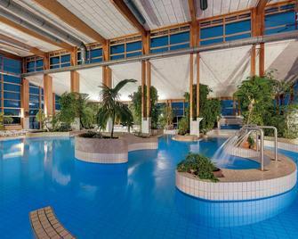 Precise Resort Rügen & Splash Erlebniswelt - Sagard - Pool