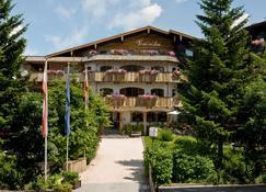 Aktivhotel Veronika - Seefeld - Building