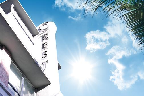 Crest Hotel Suites - Miami Beach - Building