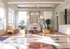 Crest Hotel Suites - Bãi biển Miami - Hành lang