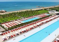 亞當夏娃酒店 - 式 - 只招待成人 - 貝萊克 - 貝萊克 - 游泳池