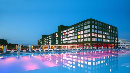 亞當夏娃酒店 - 式 - 只招待成人 - 貝萊克 - 貝萊克 - 建築