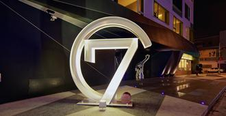 Hotel 7 Taichung - Taichung - Building