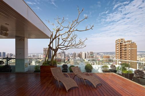 Hotel 7 Taichung - Taichung - Μπαλκόνι