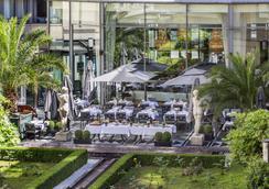 L'Hotel du Collectionneur Arc de Triomphe - Paris - Restaurant