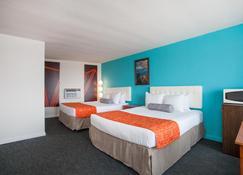 Quality Inn Boardwalk Wildwood Oceanfront - Wildwood - Bedroom