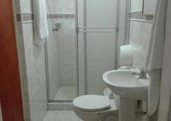 Veleros Hotel - Cartagena - Phòng tắm