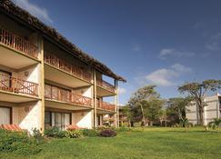 Baobab Beach Resort & Spa - Ukunda - Building