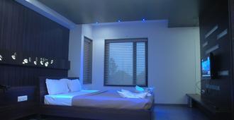 Hotel Kanan - Ahmedabad