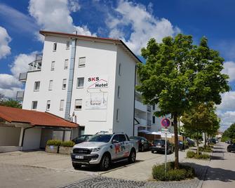 SKS Hotel und Tourismus - Vaterstetten - Gebouw