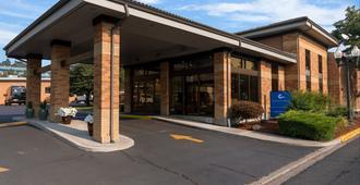Cerulean Hotel, A Running Y Property - Klamath Falls