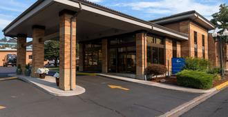 Cerulean Hotel - Klamath Falls