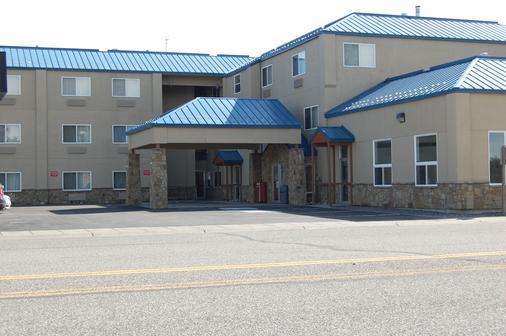 Yellowstone West Gate Hotel - West Yellowstone - Toà nhà
